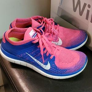 Nike Women's Free 4.0 Flyknit Running Shoes